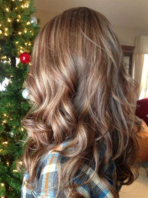 light brown hair with caramel highlights medium length hair highlights with caramel color