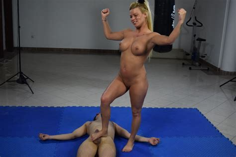 Ultimate Mixed Wrestling