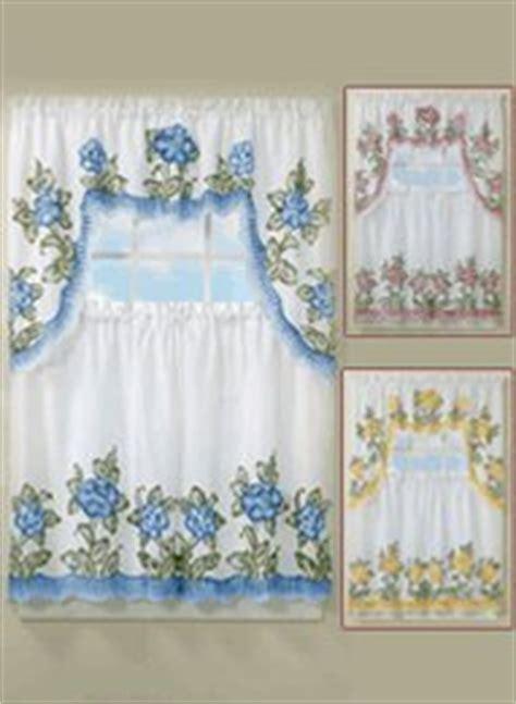 amazon com floral applique kitchen curtain set 29 quot w x