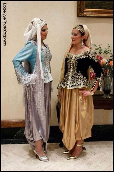 top 25 ideas about 1 2 3 viva l algerie on kaftan deserts and robes