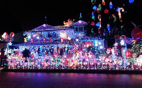 best christmas light displays the best christmas light displays in every state travel