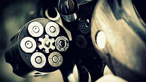 gun  bullets  ultra hd desktop computer wallpaper