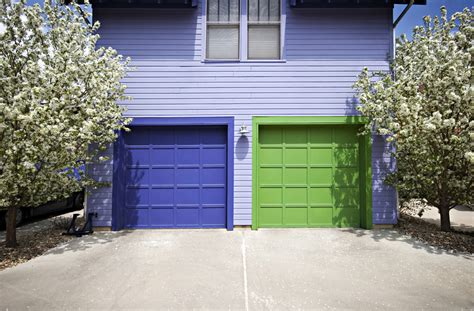 3 Tips For Choosing The Right Color For Your Garage Door Engineered Hardwood Flooring Vs Bamboo Conditioning Floors Cost For Floor Refinishing Grades Quality Luna Walnut Stained How To Remove Cat Urine Stains From Lees