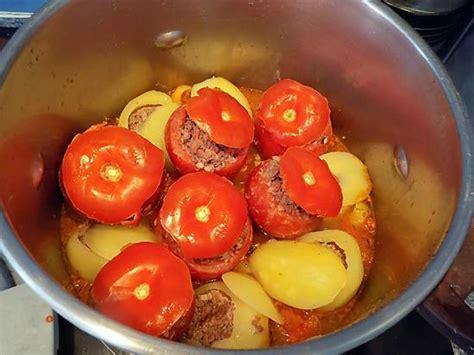 recette de tomates et pommes de terre farcies en cocotte