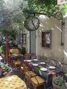 Restaurant Saint Rémy De Provence : 827 best what i adore about provence images on pinterest ~ Melissatoandfro.com Idées de Décoration