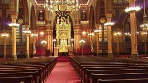 Welcome To The Historical Plum Street Jewish Temple In