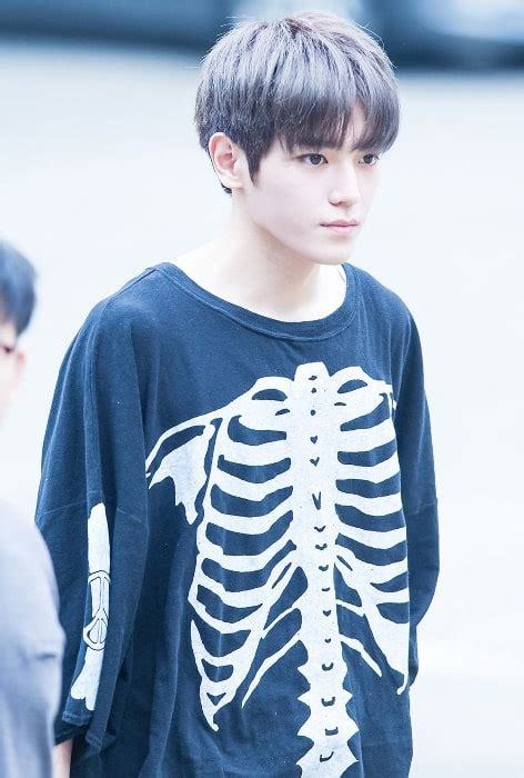 taeyong nct height weight age body statistics