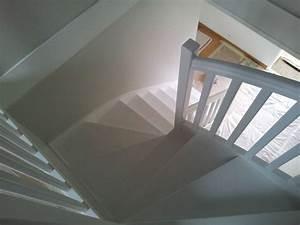 Peindre Escalier En Bois : peindre escalier bois en blanc idee escalier blanc et ~ Dailycaller-alerts.com Idées de Décoration