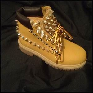 where to find all white timberlands women