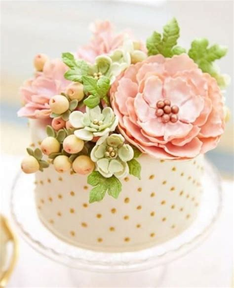 single layer cakes ideas  pinterest golden