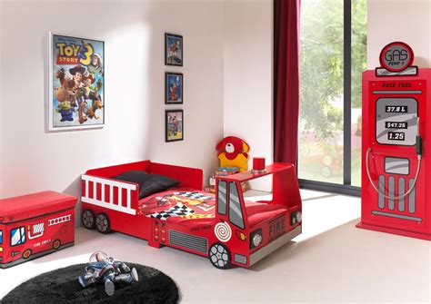 lit enfant camion de pompier heroes lit chevet enfant lit chevet soldes chambre 224