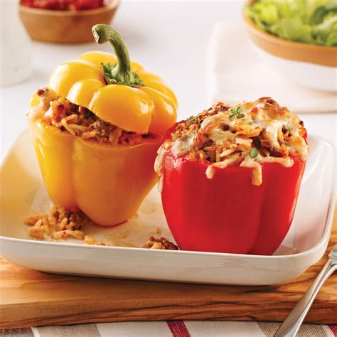cuisiner poivrons poivrons farcis au boeuf yogourt et tomates séchées