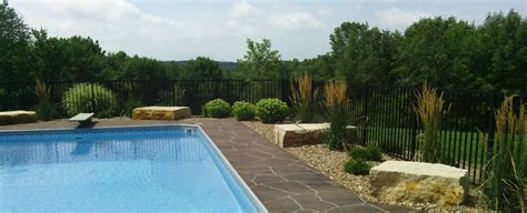 landscaping design retaining walls patios fire pits