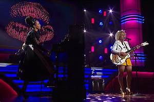 Cam And Alicia Keys39 39Girl Crush39 Highlights ACM Honors