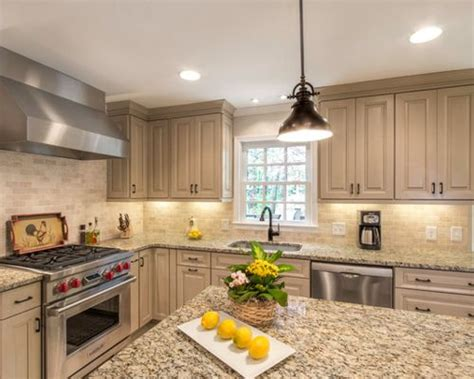 painted kitchen cabinets pictures kraftmaid color cabinets houzz 3988