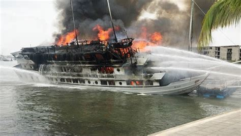 Quang Ninh Launches Inspection Of Boats After Cruise Ship Fire | Society | Thanh Nien Daily