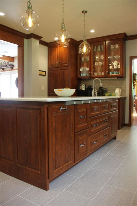 kitchens with cherry cabinets cherry kitchen cabinets titusville pa fairfield 6609