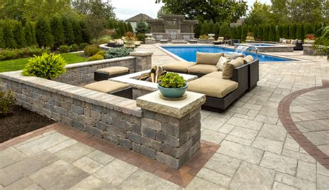 unilock retaining wall installation tips for choosing the right retaining wall for your