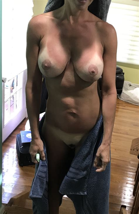 Fit Hotwife Showing Off Tan Lines Porn Pic Eporner