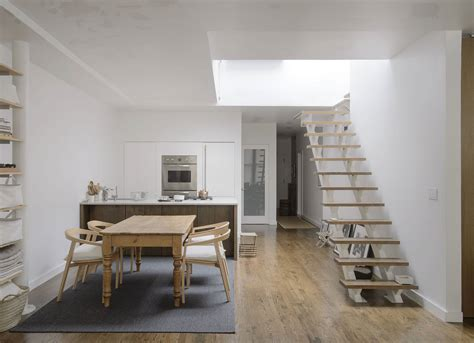 Luxurious Soho Apartment Filled Unique by Shop Owner Maki 233 Yahagi S Charm Filled Loft In Soho New