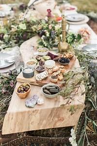 Idée Repas Soirée : bohemian wildflower wedding inspiration wedding food pinterest reception mariage repas ~ Melissatoandfro.com Idées de Décoration
