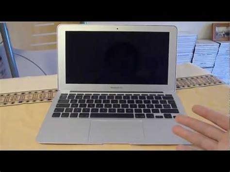 como poner arroba en una laptop doovi