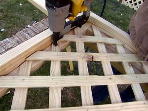 Installing Deck Lattice how-tos DIY