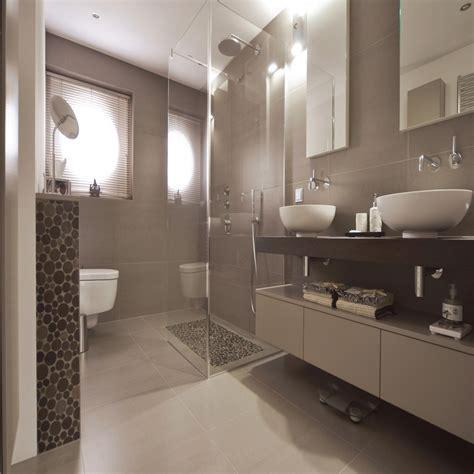 Badezimmer Fliesen Ideen Modern by Badezimmer Ideen Fliesen Planen Fliesen Bad Ideen Modern