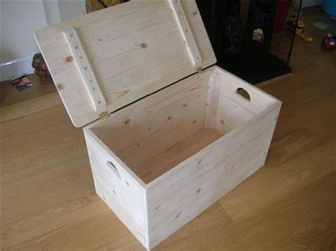 Firewood Cutting Stand by Simple Storage Box