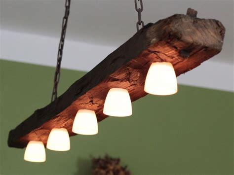 haengelampe deckenlampe lampe rustikal holz holzbalken