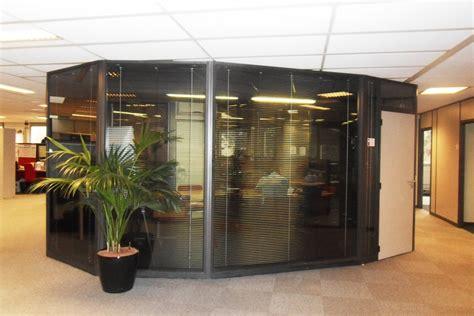 plan de cuisine en 3d les cloisons de bureau vitrées toute hauteur espace cloisons alu ile de agencement et