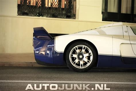 Mega video coming up monday. Maserati MC12 Camo LaFerrari foto's » Autojunk.nl (223226)
