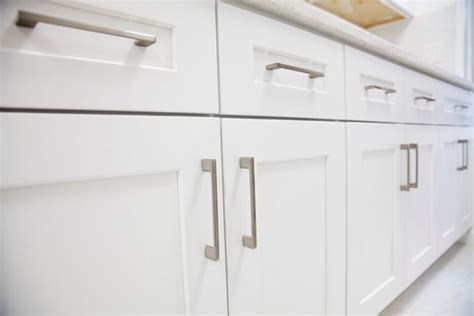 How To Remove Grease From Your Kitchen Cabinet Doors