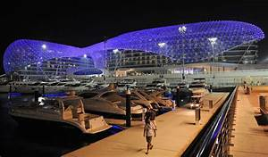 Circuit Yas Marina : the yas marina circuit is the venue for the abu dhabi grand prix the circuit was designed by ~ Medecine-chirurgie-esthetiques.com Avis de Voitures