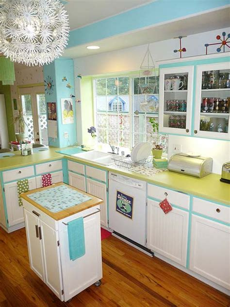 retro style kitchen cabinets lora s vintage style kitchen makeover inspired by a 4834