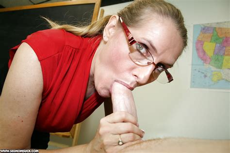 Stunning Mature Blonde In Glasses Sucks A Big Cock And