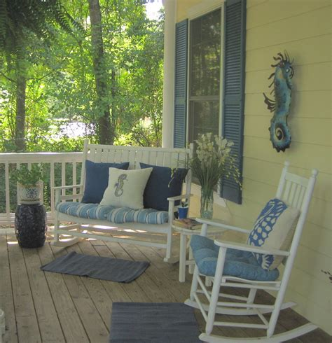 Small Porch Chairs by Yepp Rocking Chair And Bench On The Front Porch Only