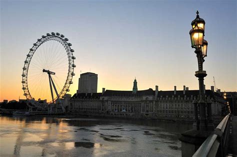 london eye  ferris wheel  architect