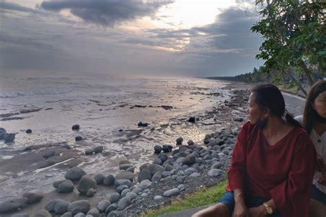 menikmati keindahan pantai yehleh wisata menakjubkan
