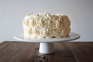 Simple Vanilla Buttercream - Liv for Cake