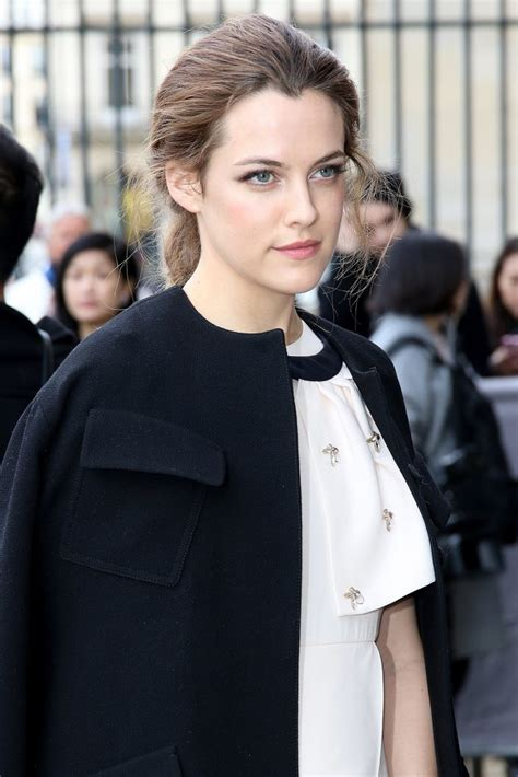 riley keough biography height life story super