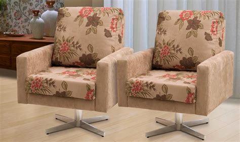 02 Poltronas Decorativas Karis Giratória Sued Liso/floral