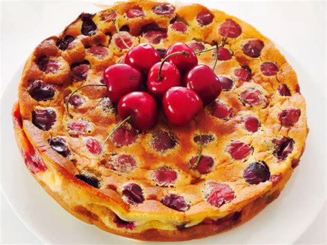 desserts clafoutis aux cerises clafoutis aux cerises une recette de r 233 galez b 233 b 233