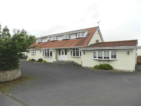 4 Bedroom Detached Bungalow For Sale In Strathallan