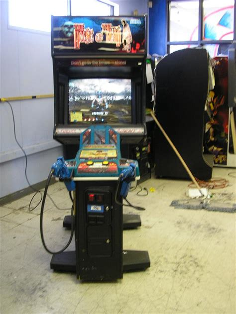 House Of The Dead Upright Arcade Game By Sega 5 Light