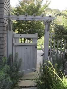 Garden Trellis Fence with Gate