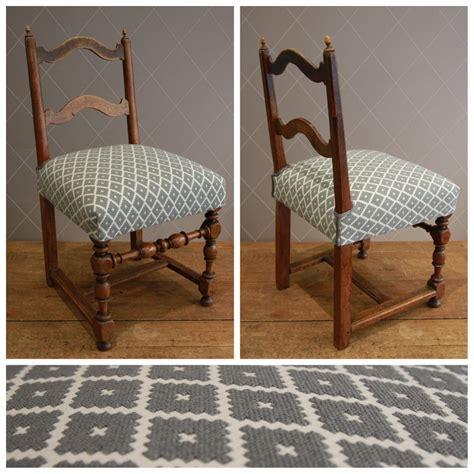 refaire une chaise nouvelle assise en crin d 39 une chaise paysanne tissu