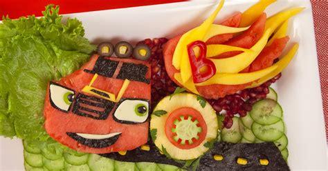 Watermelon Mmmmonster Machine Recipe | Nickelodeon Parents