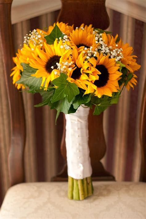 memorable wedding sunflower wedding theme  sunny idea