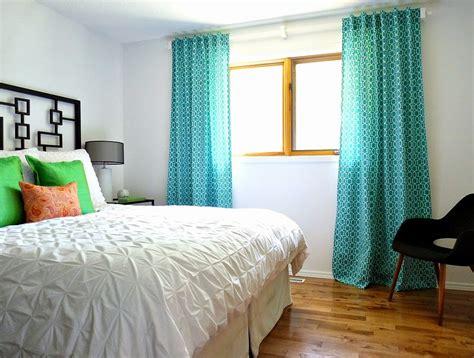 Easy Drapes - remodelaholic simple sewn back tab curtains